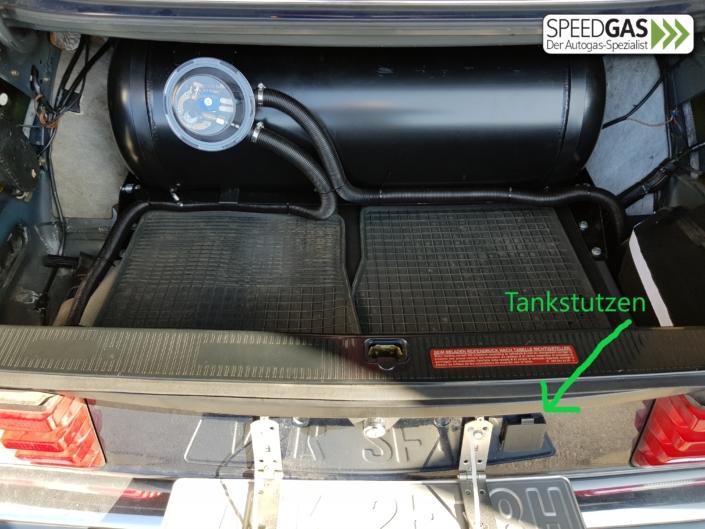 Mercedes W126 Tankstutzen